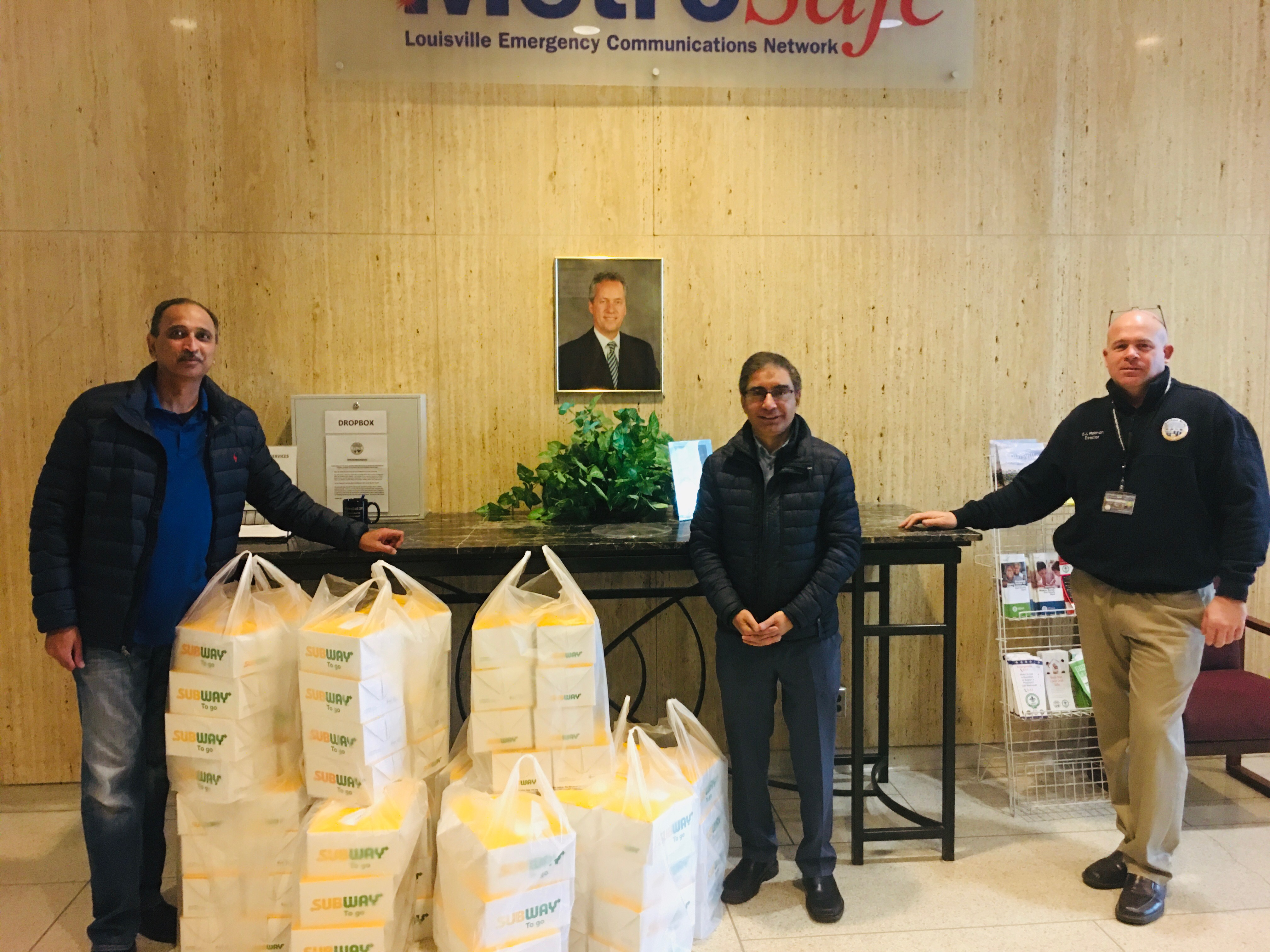 MAC Delivers Lunch to MetroSafe Emergency Communication